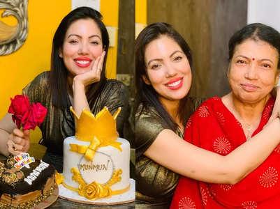 PICS: Munmun Dutta celebrates b'day at home
