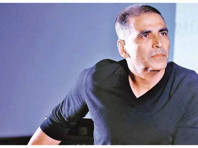 Akshay asks fans to help revive the industry