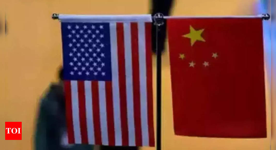 China, US in talks on military relations amid strained ties thumbnail