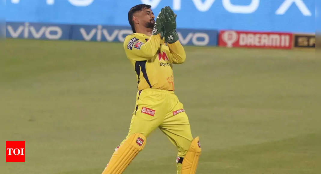 MS Dhoni completes 100 IPL catches for Chennai Super Kings as wicket-keeper   Cricket News – Times of India