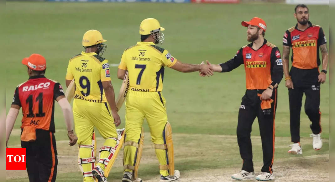 Sunrisers Hyderabad vs Chennai Super Kings Highlights: Dhoni finishes in style as CSK sail into IPL play-offs   Cricket News – Times of India