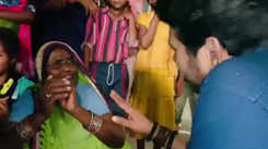 Watch: Yash Kumar meets female fans on the sets of 'Paheli'