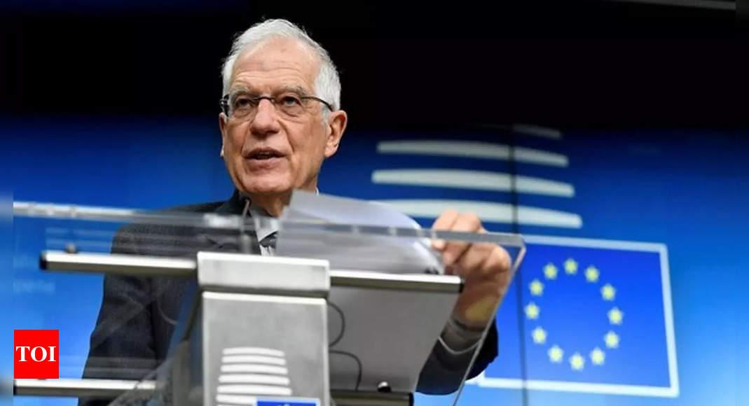 EU considers sending military training mission to Ukraine