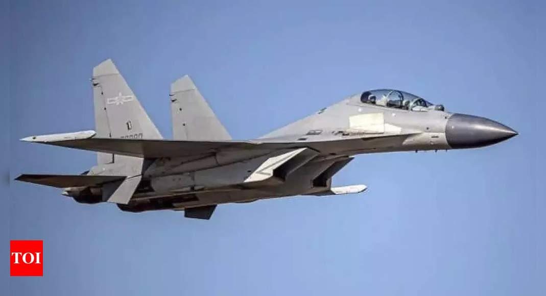US raises concerns after China flies 100 warplanes over Taiwan in 3 days thumbnail