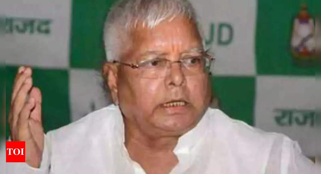 Tej says Lalu held hostage; Tejashwi refutes allegation