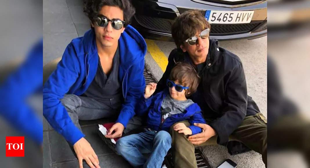 Has SRK asked celebs to not visit him?