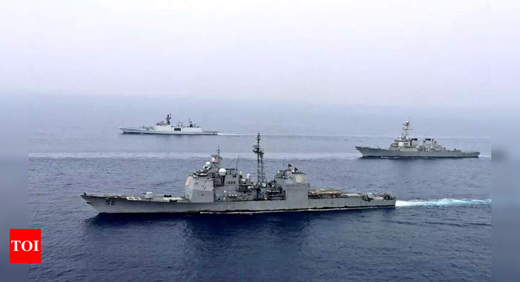 , State TV says Iranian speedboats intercepted US Navy vessel, The World Live Breaking News Coverage & Updates IN ENGLISH