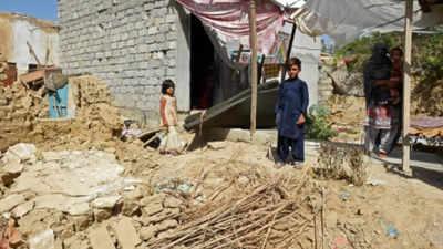 Pakistan earthquake leaves 20 dead, over 300 injured