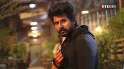 Sivakarthikeyan reveals the plot of Vijay's 'Beast'; deets inside!
