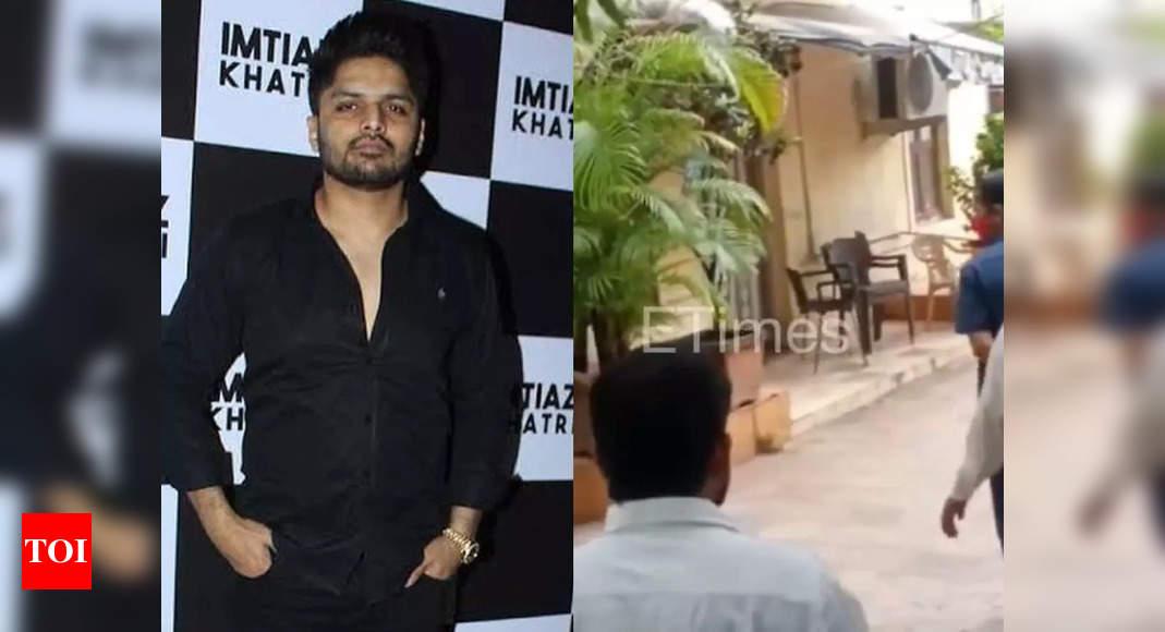 NCB raids Imtiaz Khatri's office, residence