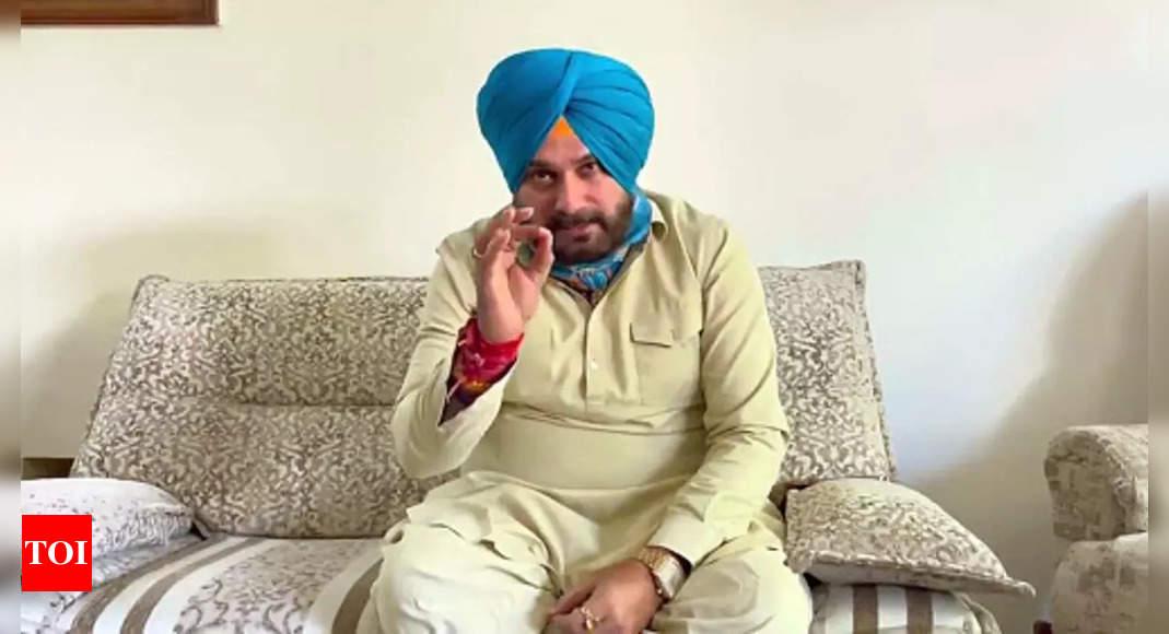 Lakhimpur Kheri violence: Sidhu ends hunger strike after MoS Teni's son appears before police