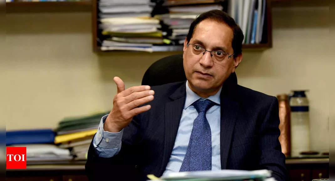 Confident of privatisation of PSUs in pipeline in 2021-22: Dipam secretary