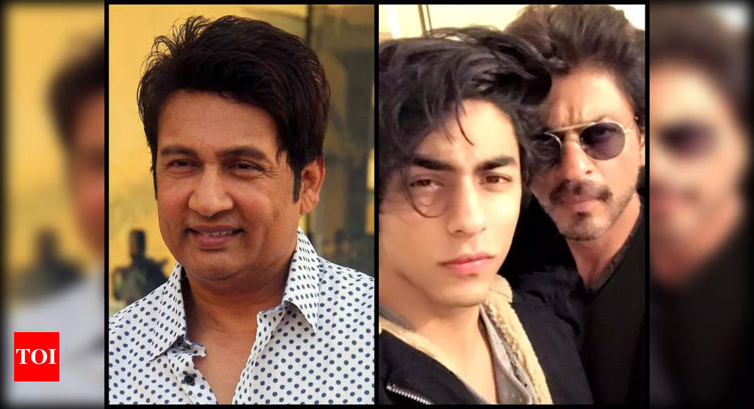 , Shekhar Suman is 'pained' to see SRK's ordeal, The World Live Breaking News Coverage & Updates IN ENGLISH
