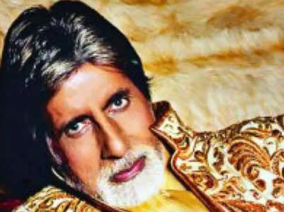 Big B dresses better than whole of Bollywood