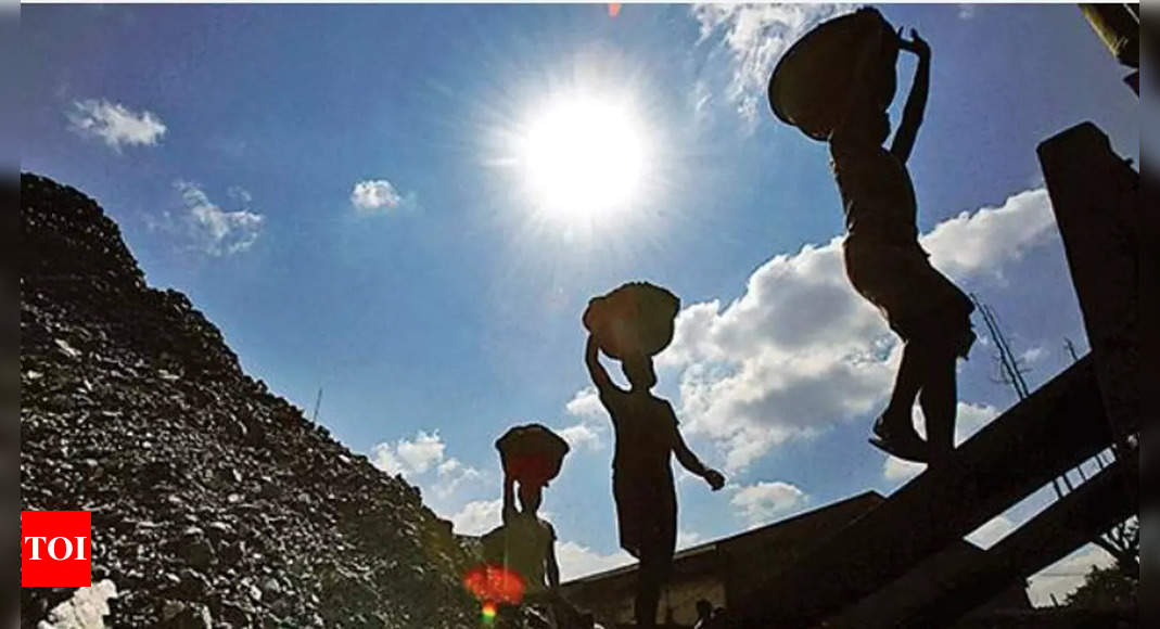 States warn of power cuts as plants face coal crunch