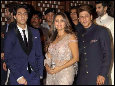 Sanjay, Farah strongly support SRK and Gauri
