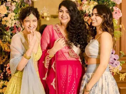 Anshula, Khushi & Shanaya's 1st vacay together