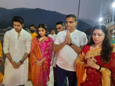 Abhimanyu celebrates Navratri in Rishikesh