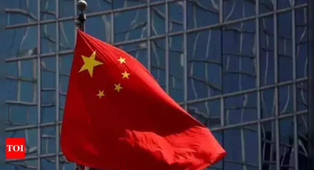 China carries out beach landing drills near Taiwan thumbnail