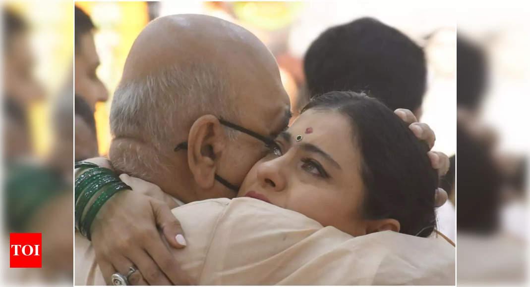 Kajol breaks down when she met her uncle