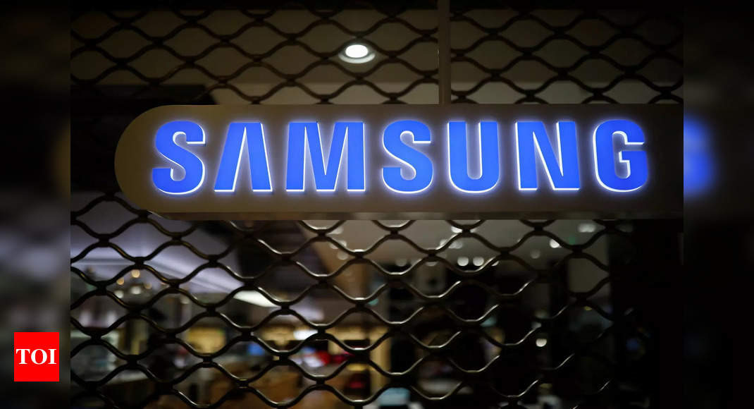 Samsung may go the 'Apple way' for its smartphones in future