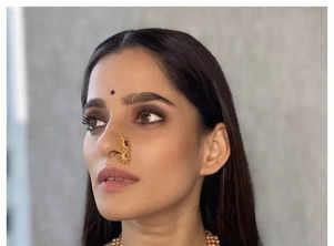 Navratri 2021: Marathi actresses in Royal Blue Hues!