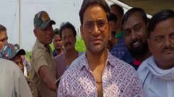 Dinesh Lal Yadav and Amrapali Dubey's Bhojpuri movie 'Fasal' goes on floor