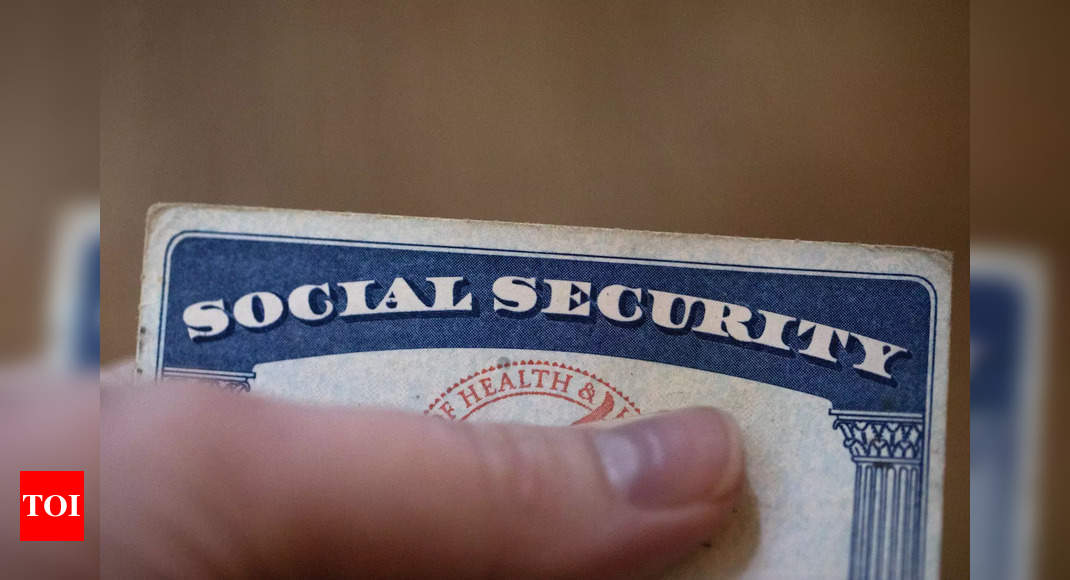 social security:  US Social Security benefits set to increase 5.9% in 2022 – Times of India