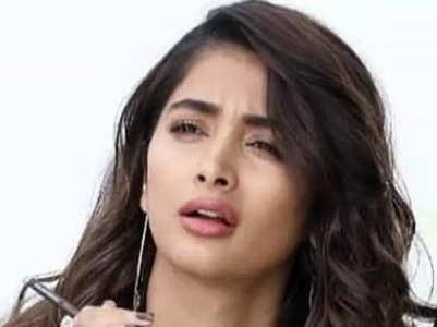 Pooja Hegde's beautiful looks