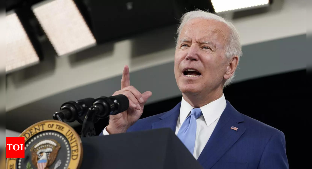 U.S. supply chain too snarled for Biden Christmas fix, experts say – Times of India