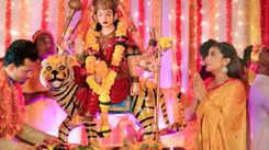 Akshara Singh's new Bhojpuri Devi Geet 'Dil ki Pukar' impresses fans