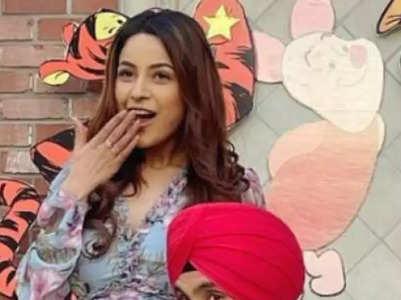 Shehnaaz Gill's most stylish looks from 'Honsla Rakh'