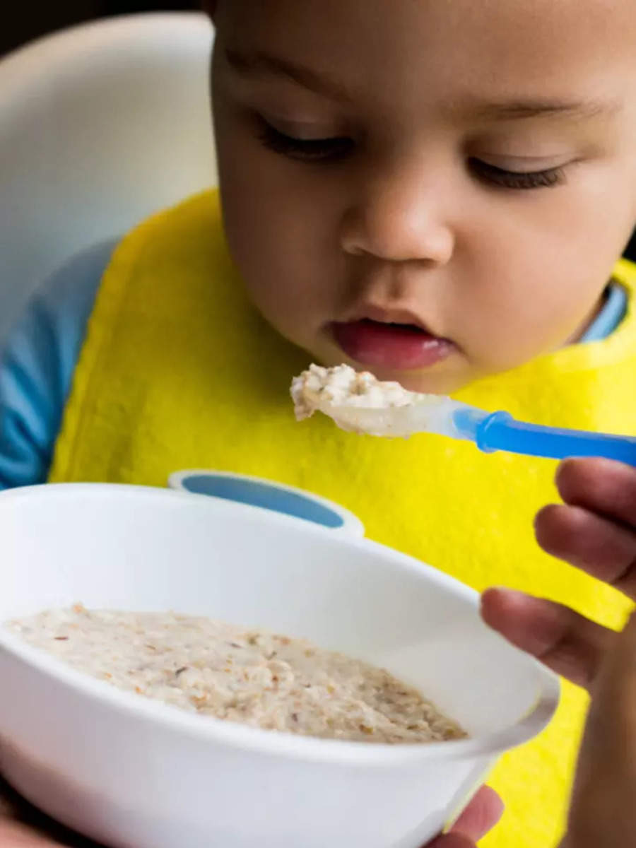 8 foods you should avoid feeding a baby