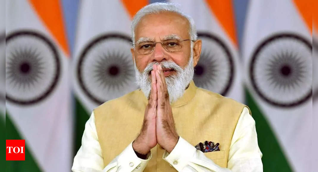 modi:   Had no dynasty or caste backing, but got the chance to lead, says Modi | India News – Times of India