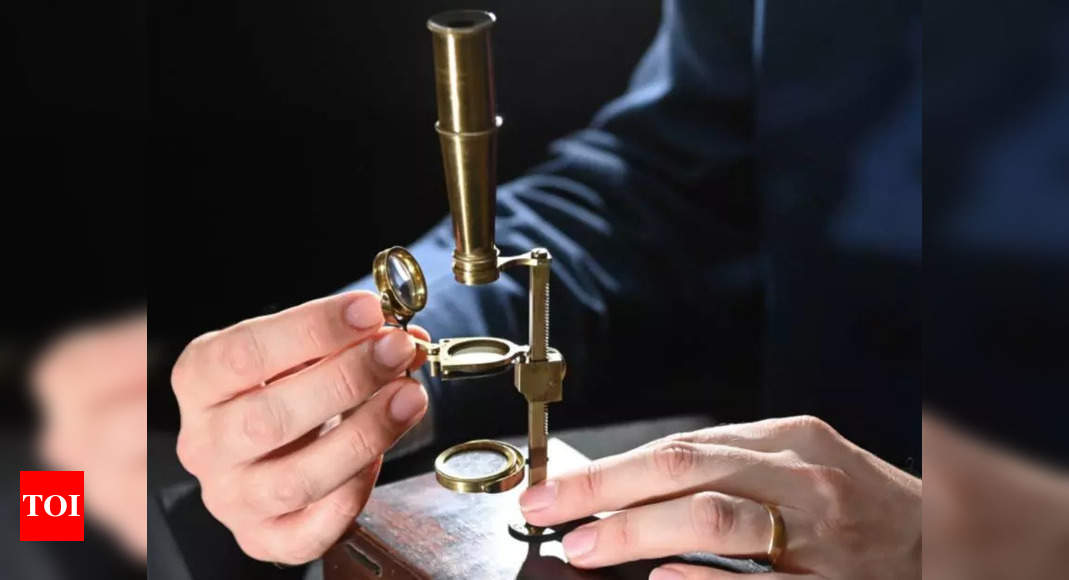 Charles Darwin family microscope to be sold at auction