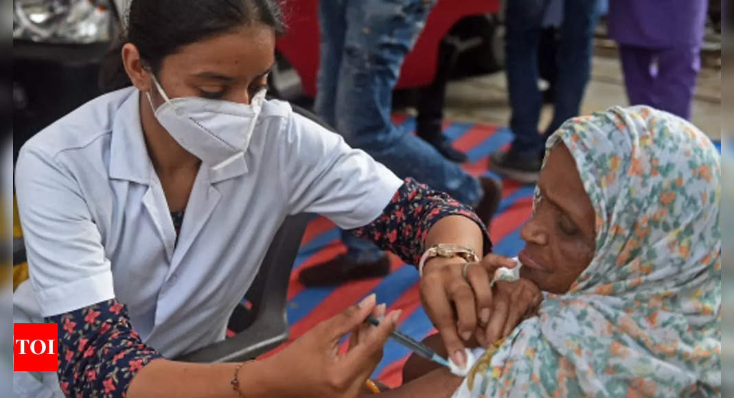 India to procure over 30 crore Covid-19 vaccine doses per month by January: Government sources