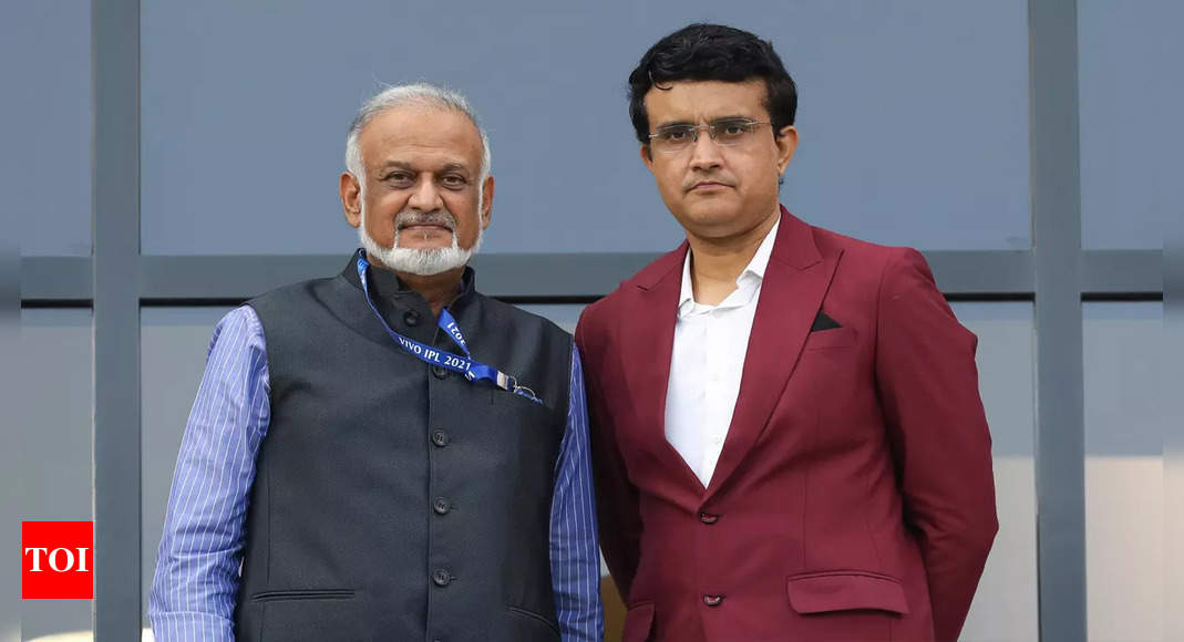 ganguly:  BCCI chief Ganguly hopeful IPL 2022 will be held in India | Cricket News – Times of India