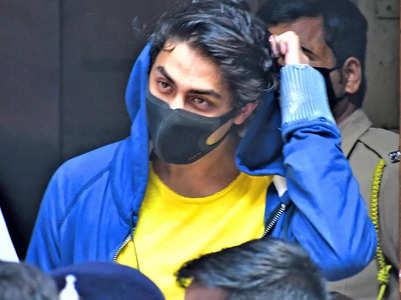 Live Updates! Aryan speaks to SRK, Gauri via video