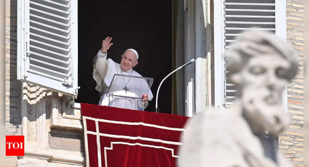 Pope condemns attacks in Norway, Afghanistan and Britain