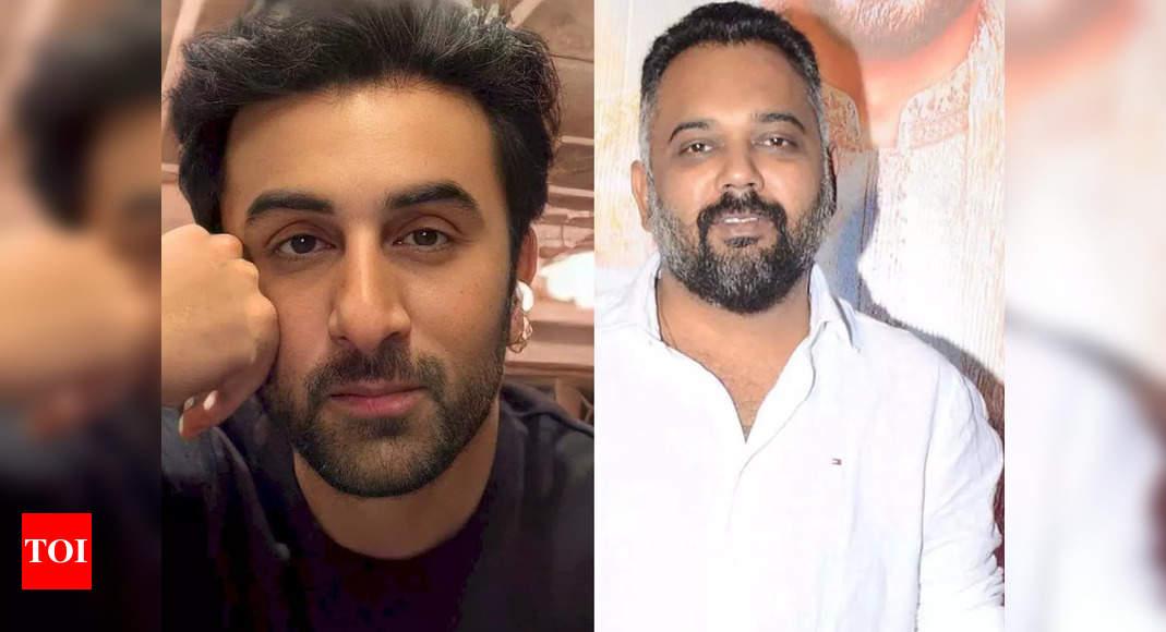 Ranbir shoots a party song for Luv Ranjan's next