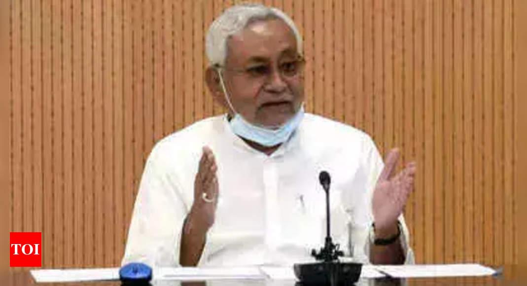 Nitish expresses concern over killing of Bihar residents in J&K