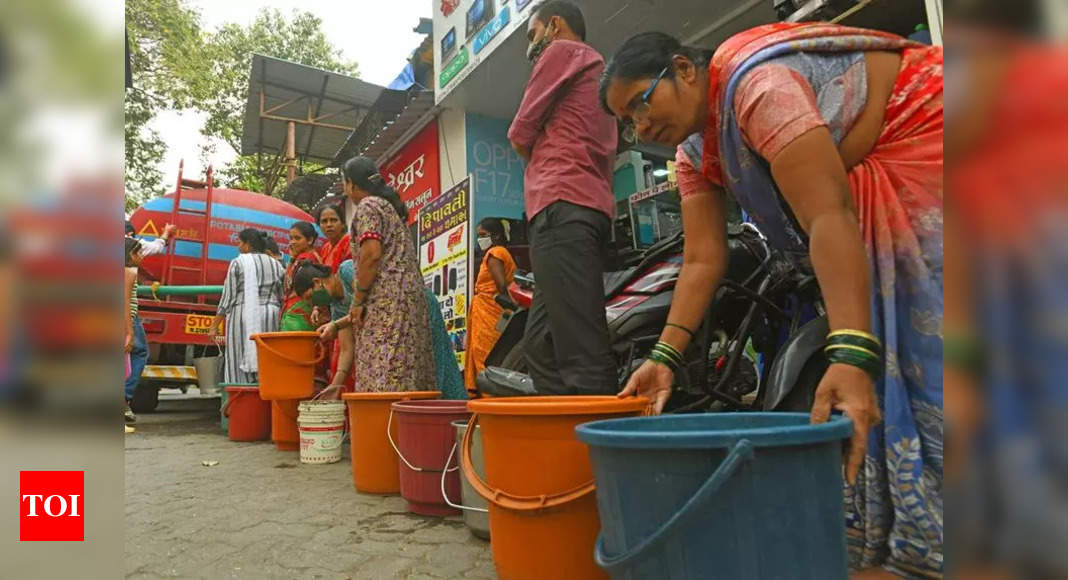 Shaping robust framework for a water-sensitive policy