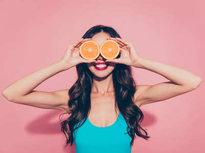 Can vitamin C lead to early or delayed periods?