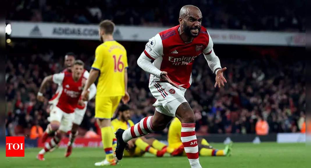 Last-gasp Lacazette strike earns Arsenal 2-2 draw vs Palace