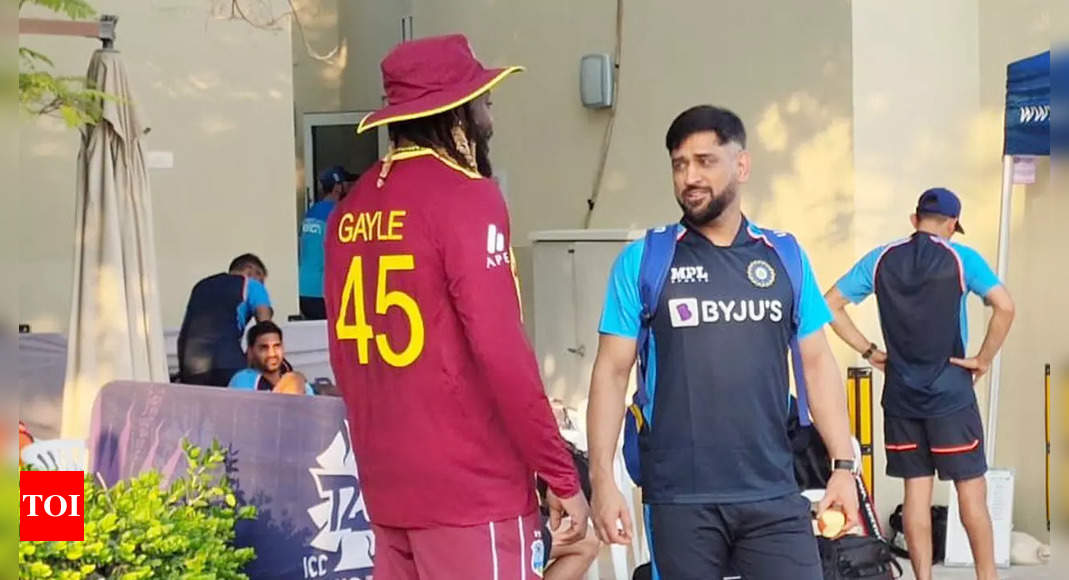 Legends Dhoni and Gayle meet in 'one memorable moment'