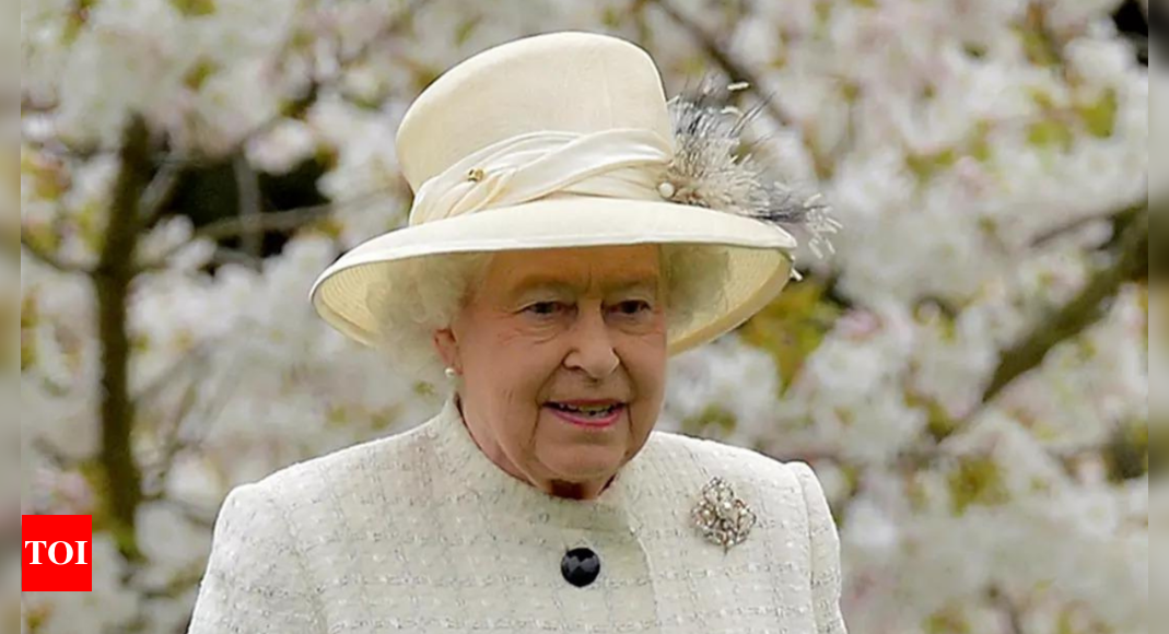 oldie: UK queen turns down 'Oldie of the Year' title – Times of India