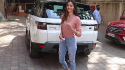 Ananya Panday, Bhumi Pednekar and other Bollywood divas get papped in Mumbai