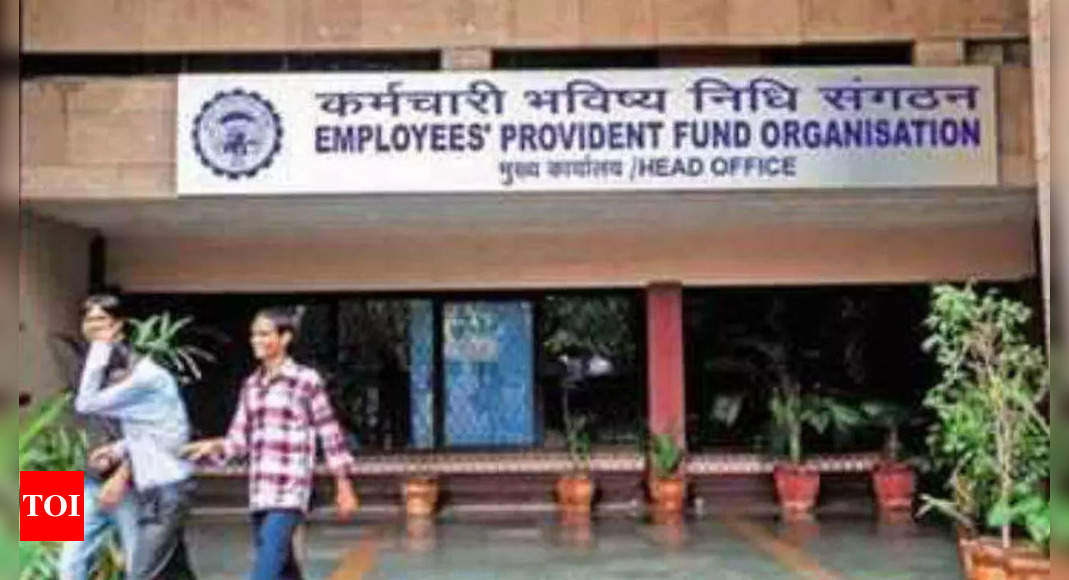 epfo:   EPFO adds 15L net subscribers in August, rise of 12.6% over July's | India News – Times of India
