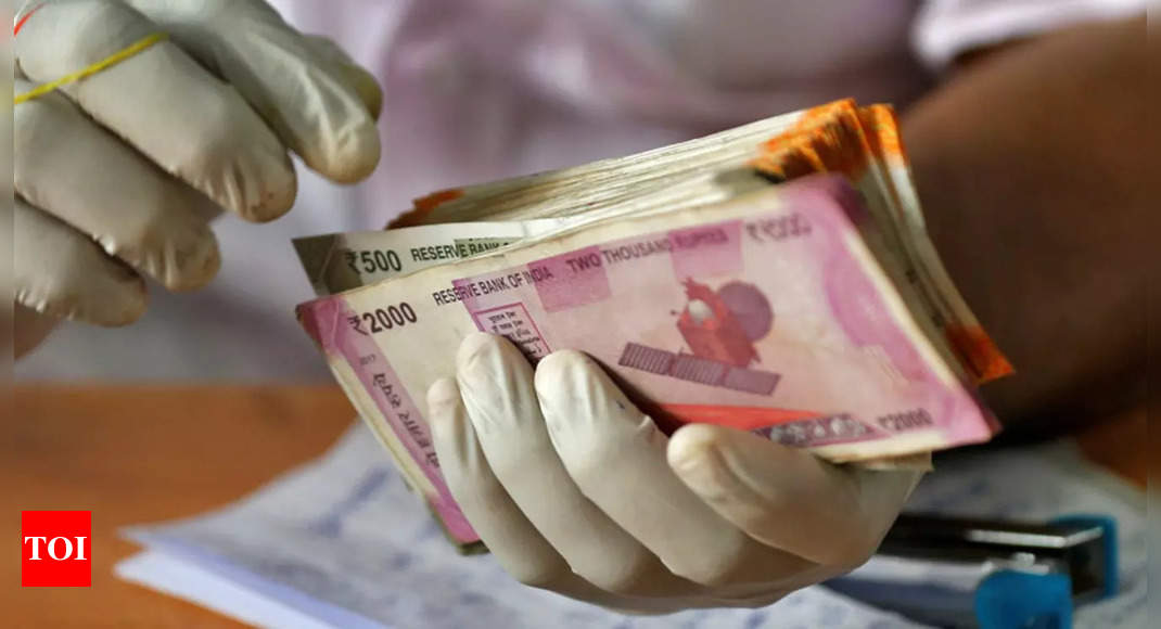 Dearness allowance for central government employees hiked by 3%