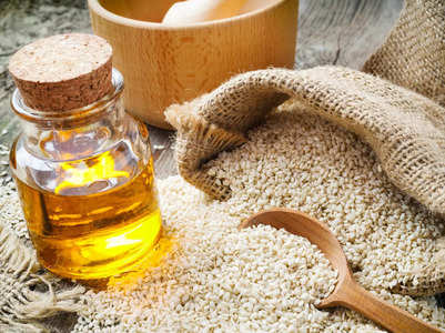 Benefits of adding sesame oil in your daily routine